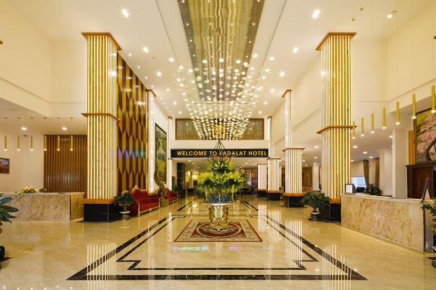 Combo Khách sạn 5 sao Đà Lạt + Vé máy bay
