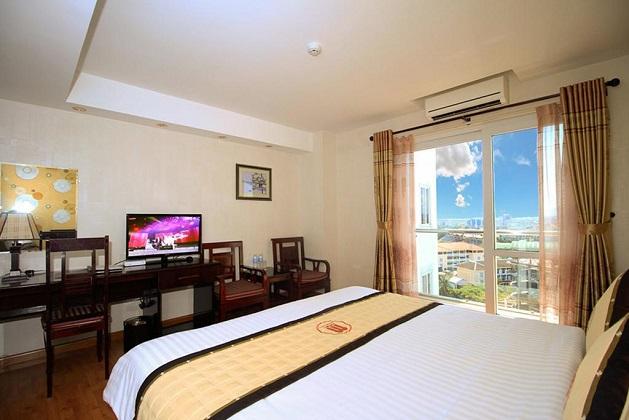 Combo 3N2Đ Khách sạn Huế