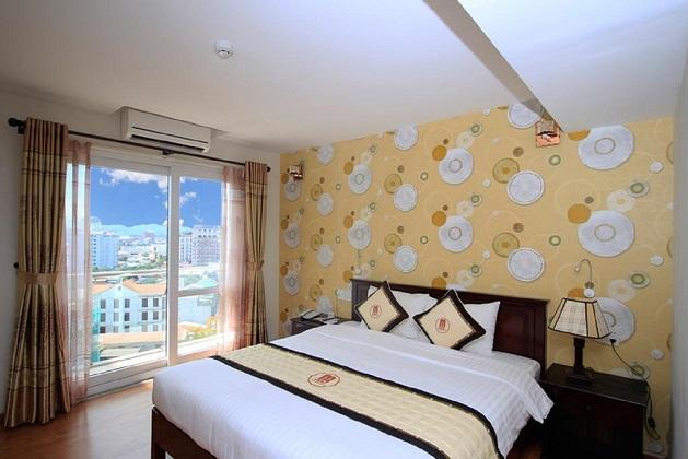 Combo Khách sạn Midtown Huế