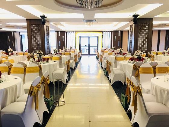 Combo Vé máy bay Quy Nhơn + Khách sạn