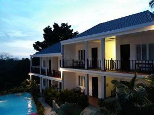 Combo Khách sạn 3N2Đ The Hill Resort Phú Quốc + Vé máy bay khứ hồi