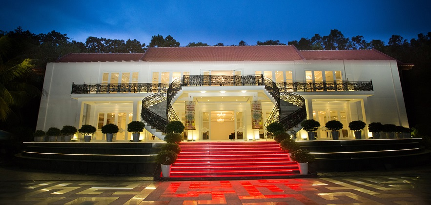 Combo Royal Hotel & Healthcare Resort Quy Nhơn