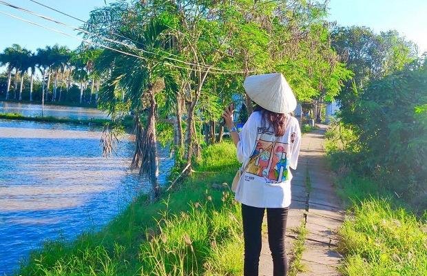 Tour Cồn Sơn 1 ngày: Đi đò ngang – Thăm nhà cổ Bình Thủy