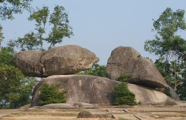 Tour Hà Nội Sầm Sơn 3 ngày 2 đêm | Biển Sầm Sơn – Chùa Cô Tiên – Hòn Trống Mái