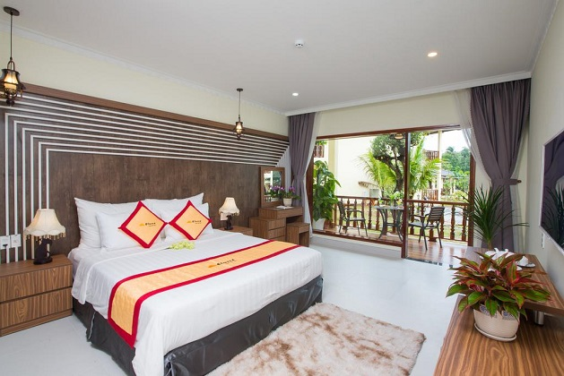 Combo Elwood Premier Resort Phú Quốc