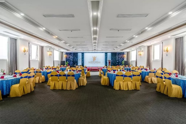 Combo Khách sạn Paracel Đà Nẵng 4 sao