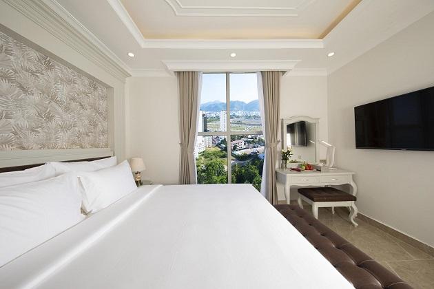 Khách sạn MerPerle Beach Nha Trang