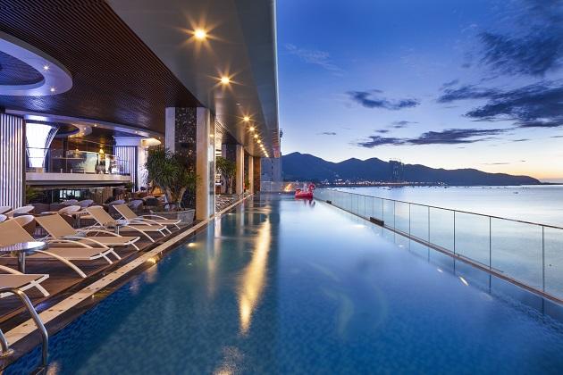 Combo Khách sạn Nha Trang + Vé máy bay