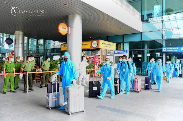 Hỗ trợ người nước ngoài nhập cảnh Việt Nam trọn gói | Nhập cảnh tháng 7/ 2021