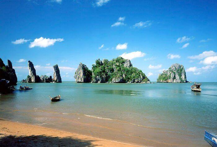 khách sạn Hà Tiên - bãi biển tuyệt đẹp