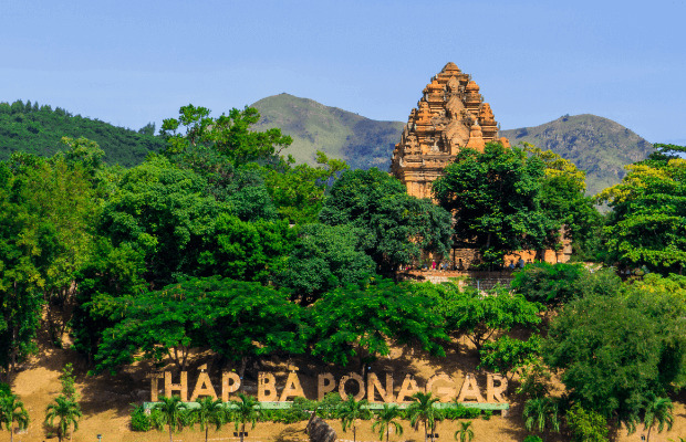 Đến tháp Bà Nha Trang - khách sạn Nha Trang