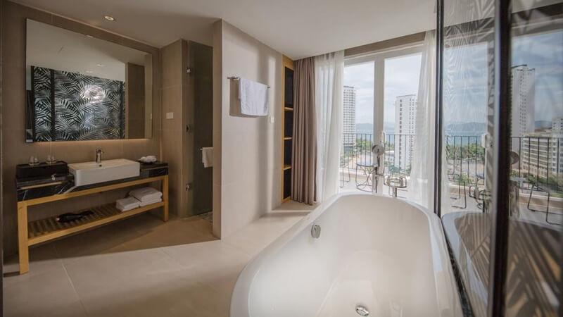 Khách sạn Quinter Central - khách sạn Nha Trang