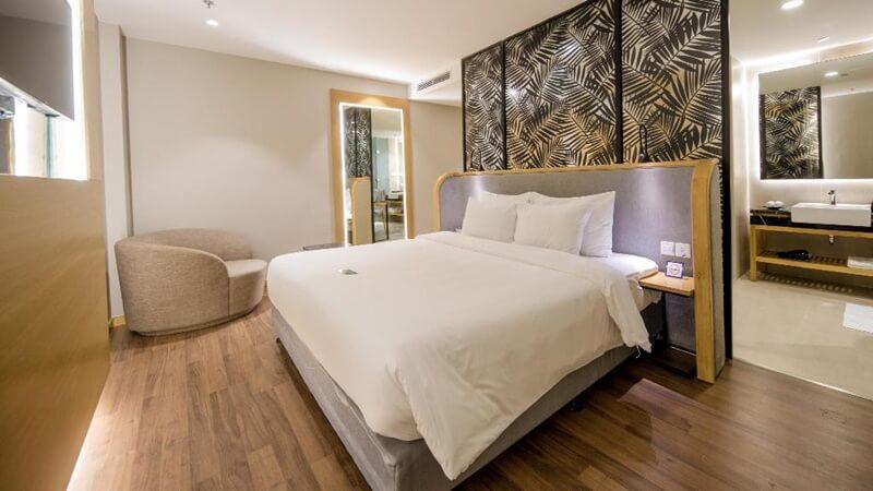 Khách sạn Quinter Central Nha Trang - khách sạn Nha Trang