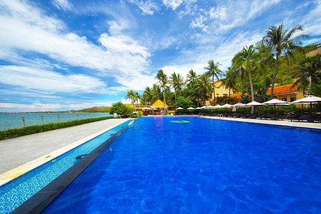 Hòn Rơm Central Beach Resort