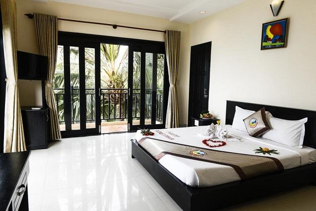 Combo Hòn Rơm Central Beach Resort