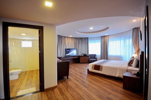 Khách sạn Cách ly Cam Ranh