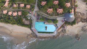 Combo Long Hải Beach Resort 2N1Đ + Xe Limousine