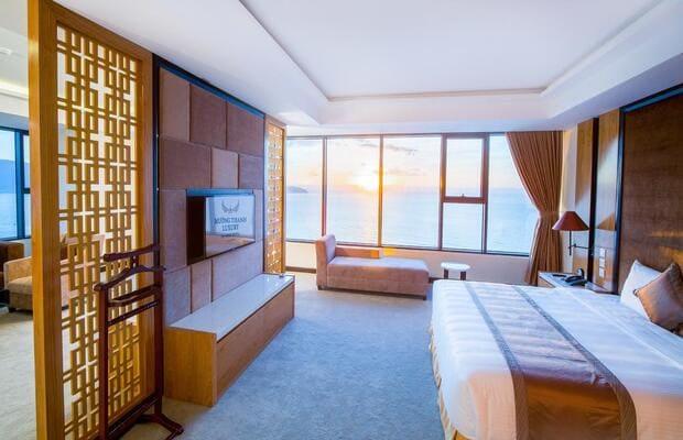 Khách Sạn Mường Thanh Luxury top các khách sạn Mỹ Khê