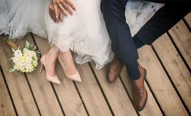 Làm thẻ tạm trú cho người nước ngoài kết hôn với người Việt Nam