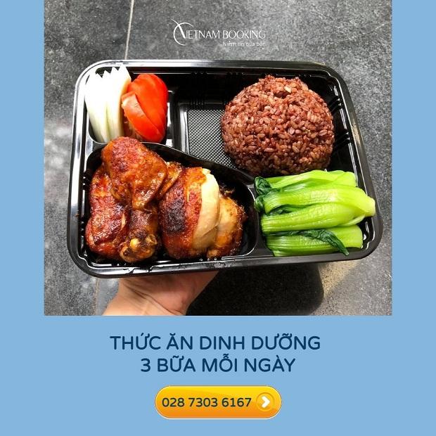 Bữa ăn tại khách sạn cách ly tại Đắk Lắk